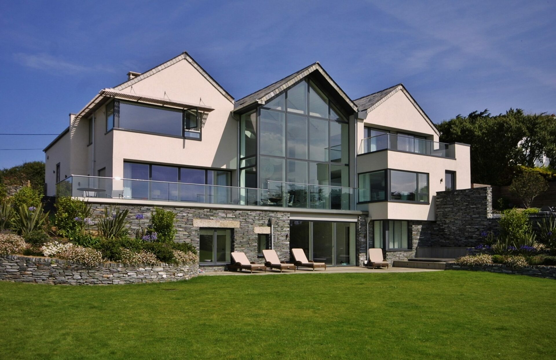 Trebetherick Cornwall stunning new build designed by ARCO2 Architects